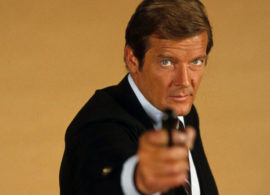 ROGER MOORE noticia: Los James Bond rinden tributo a Roger Moore
